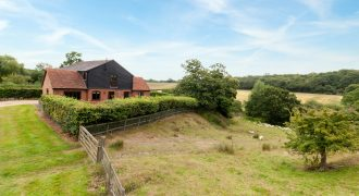 Udimore – 5 Bedroom Detached Converted Granary