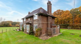 Beckley, 4 Bedroom Detached House