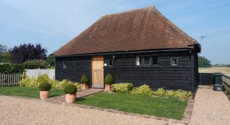 Peasmarsh – 1 Bedroom Detached Short Term Let