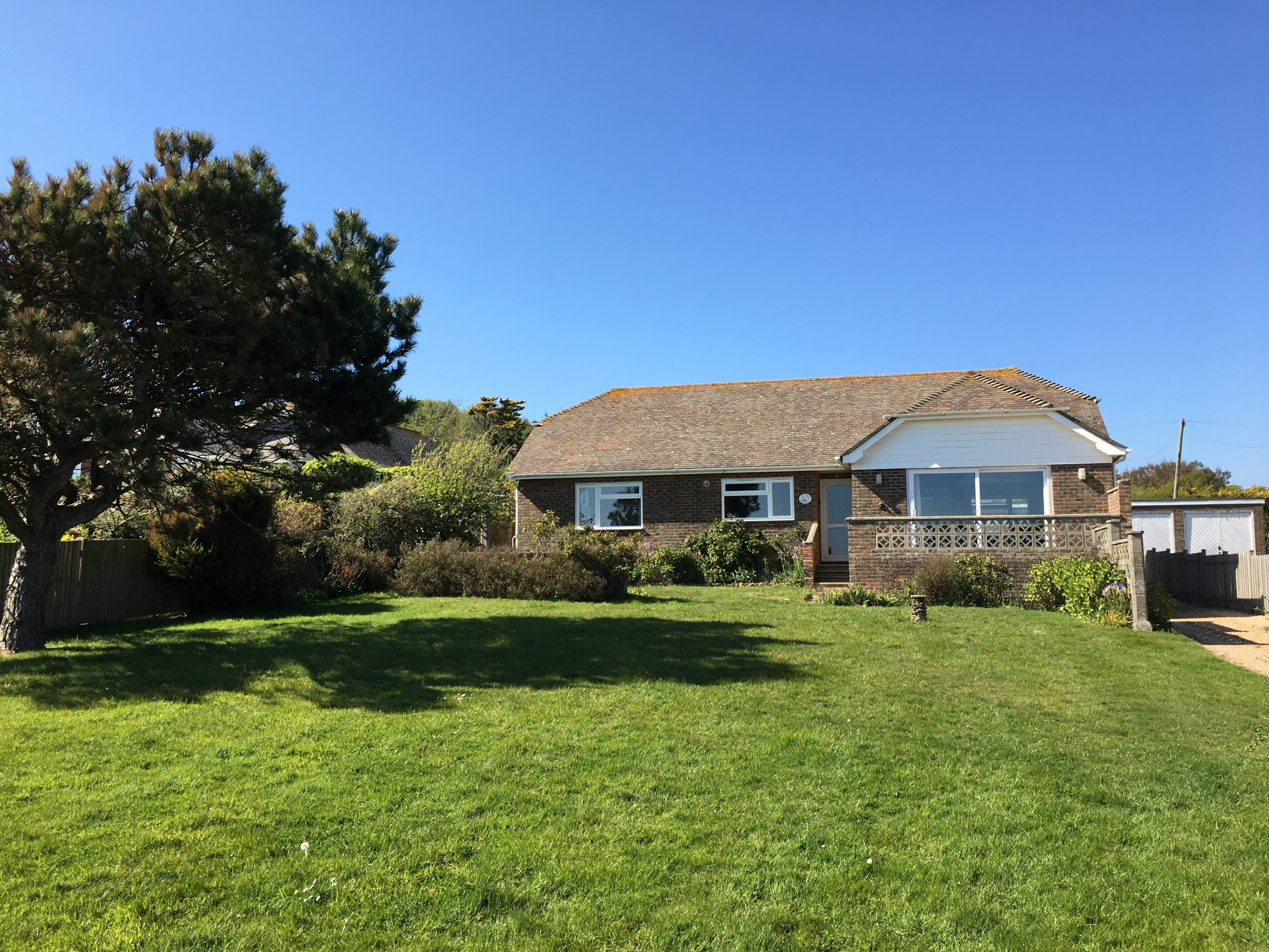 Fairlight – 4 Bedroom Detached Bungalow