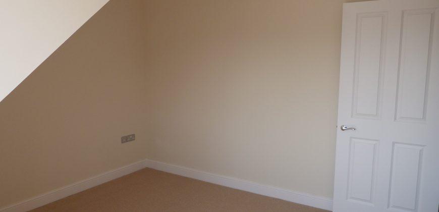 Rye – One Bedroom Penthouse Flat
